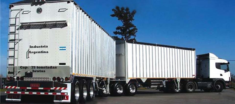 Los camiones bitrenes generarán un ahorro de 30% en los costos