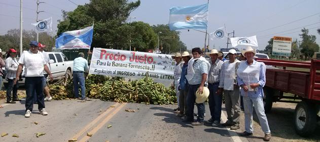 Buryaile y Federacion Agraria analizaron la problemática de los productores del noreste