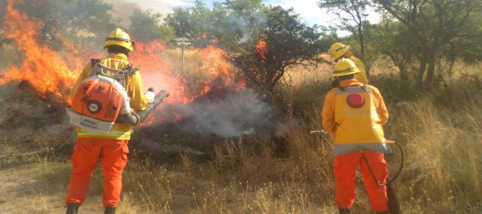 bomberos-fuego-960