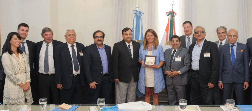 17-01-10 Bircher y Sylveyra, reunión con representantes de la India