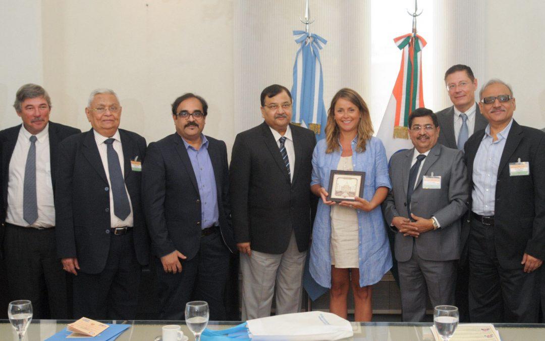 Una misión comercial de India visita el núcleo productivo agroindustrial para ampliar negocios