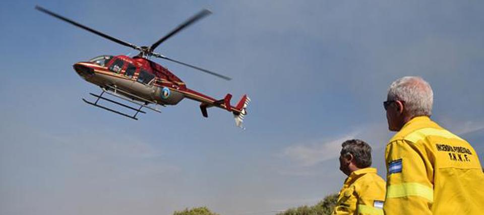 Polémica por la contratación de helicópteros españoles para combatir los incendios forestales