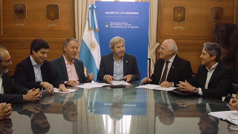 Invertirán más de $770 millones en obras hídricas en Santa Fe y Córdoba