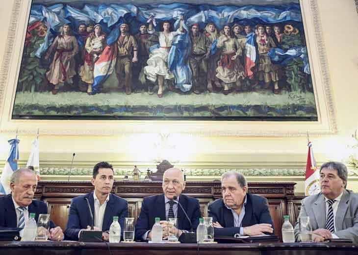 """Legisladores de Santa Fe y Córdoba crearon una mesa de trabajo para """"salvar a SanCor"""""""