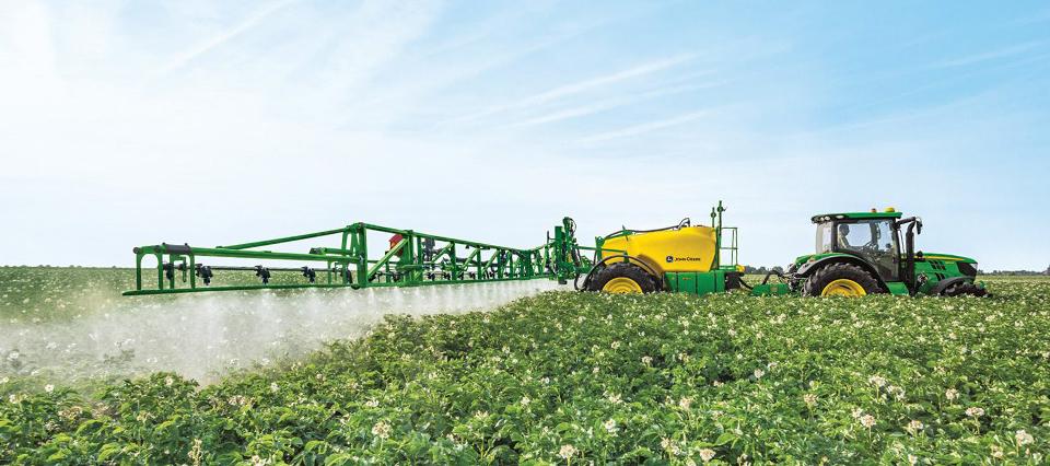Científicos de la UBA analizarán el impacto de los agroquímicos en la salud humana