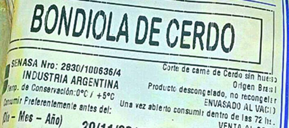 Importan carne de cerdo brasileña, la descongelan, y la venden como fresca y argentina