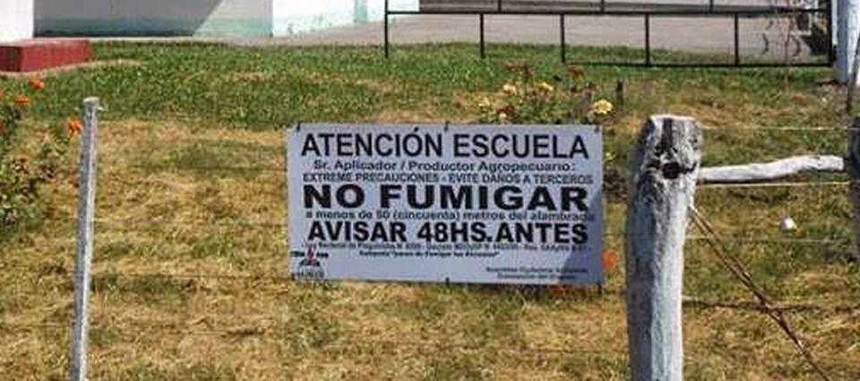 Un productor en Entre Ríos fue denunciado por fumigar sobre escuela y viviendas