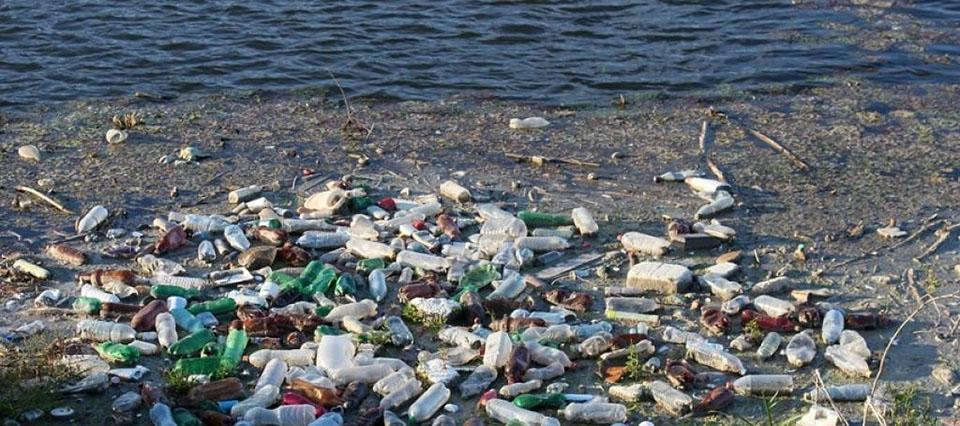 Piden indagar a 6 funcionarios por contaminación del río Neuquén