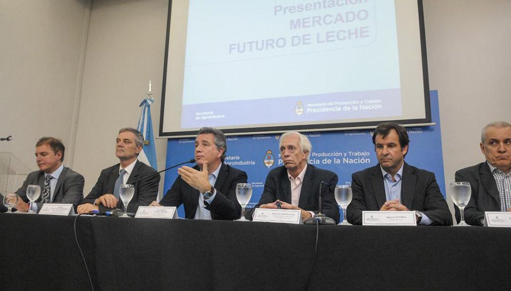 El Gobierno lanza mercado futuro y los productores ponen reparos — Lechería