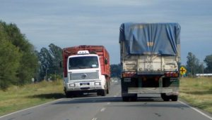 Camiones - Maíz - Logística - Carga de camión