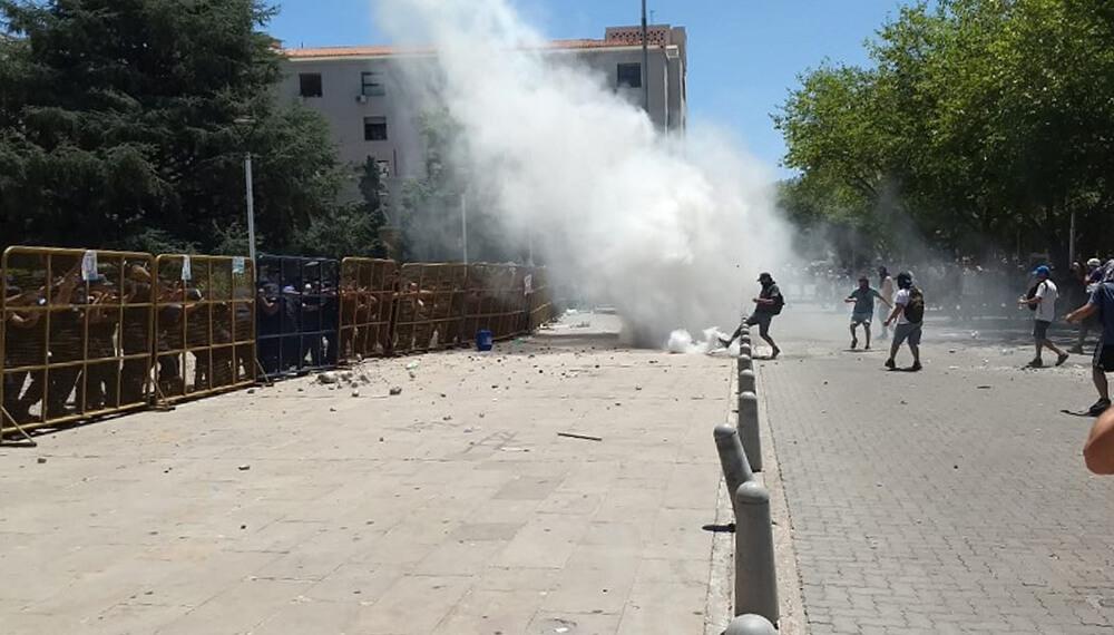 Represion en Mendoza por la ley 7722