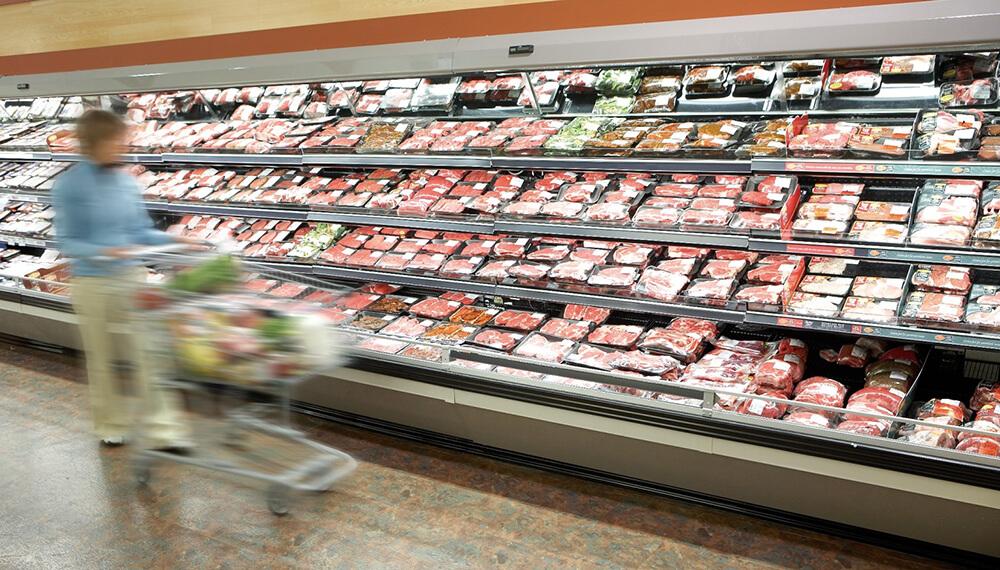 Carne gondola supermercado