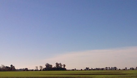 Clima - Nubes en el amanecer con frio