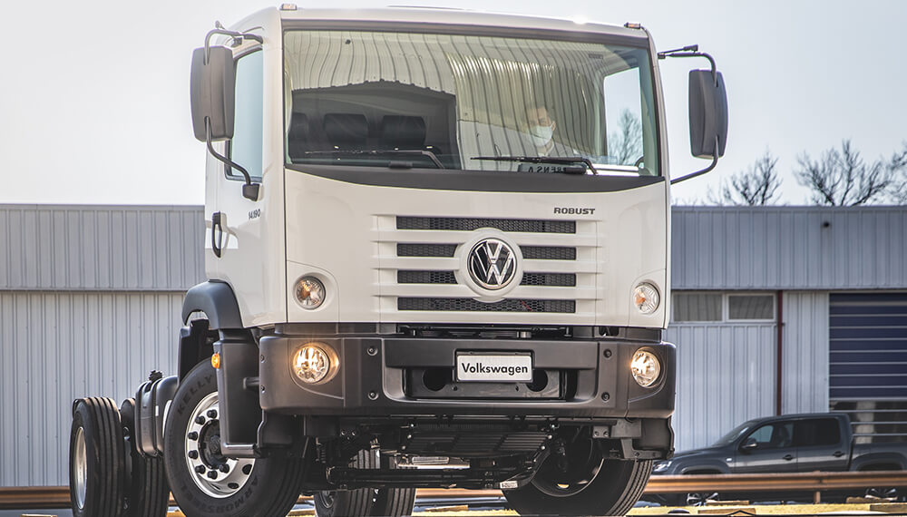 VW Constellation - Robust 14-190