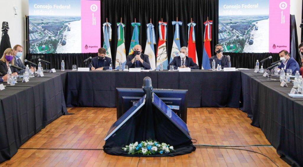 El ministro de transporte encabeza la primera reunion del Consejo Federal Hidrovia