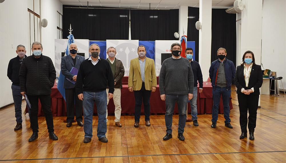 Plan Ganadero: Basterra con ministros de Region Centro