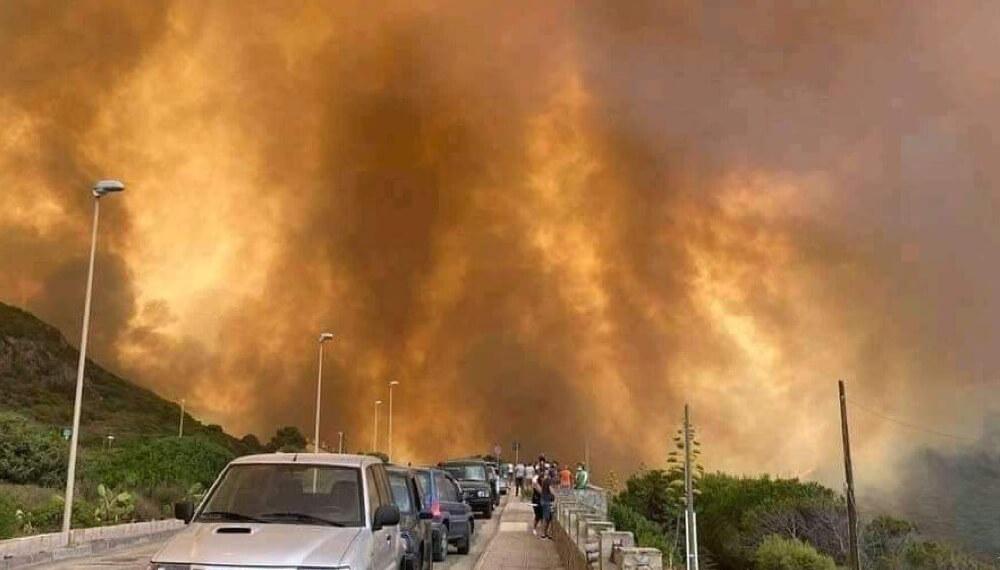Incendios en la isla de Cerdeña