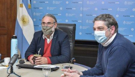 Marcharon con mascara de Maradona