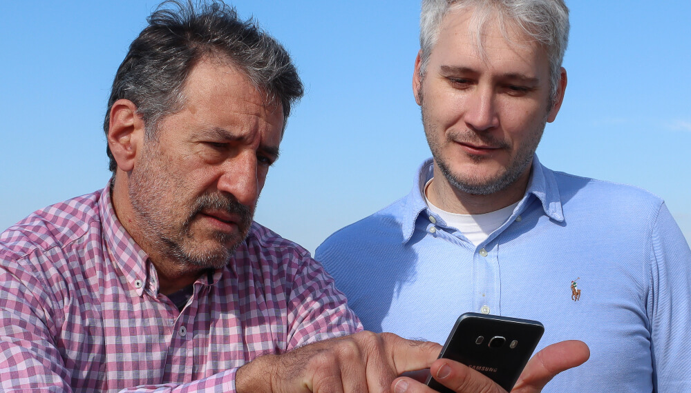 Creadores de AgroDisponble - Jorge Luis Calvigioni (Ver foto, izq.) y Hernan Seratto
