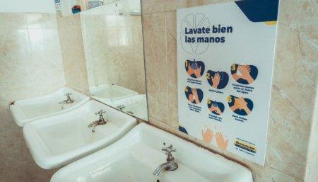 Escuela que ayudo New Holland con elementos de higiene