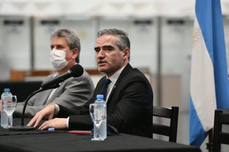 Roberto Arias CAA