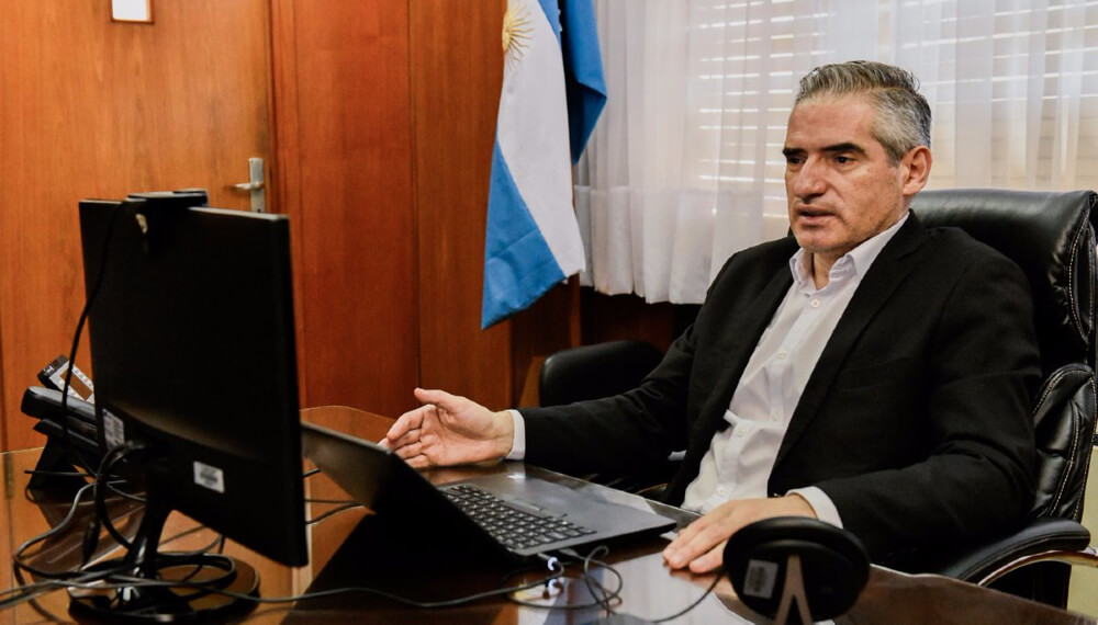 Roberto Arias