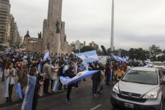 TELAM ROSARIO 20-06-2020 Rosarinos se convocarn en el Monumento a la Bandera un banderazo contra la expropiacion de Vicentin. Foto >Sebastian granata